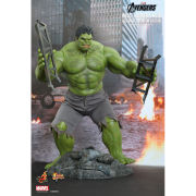 Hot Toys Marvel Bruce Banner & Hulk 1:6 Scale Figure