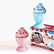 Betty's Cupcake Mould - Milkshake