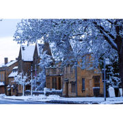 Luxury Overnight Escape with Dinner and Fizz Christmas Special Offer