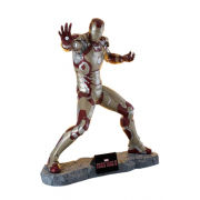 Muckle Mannequins Marvel - Iron Man 3 - Light Up Life Size Statue