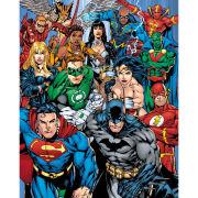 DC Comics Cast - Mini Poster - 40 x 50cm