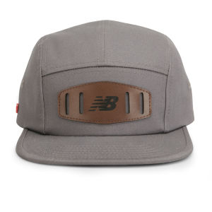 New Balance Unisex Street 5 Panel Flat Peak Baseball Cap - Cotton Twill Light Grey
