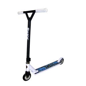 Razor Pro III Scooter - Black and White