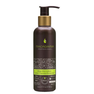 Macadamia Blow Dry Lotion brushing
