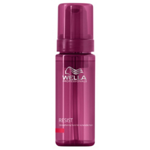 Wella Professionals Resist Strengthening Foam For Vulnerable Hair (150ml)