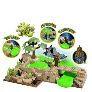 Character Building - Monsters and Zombies Beast from the Bayou Playset