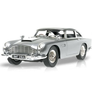 Hot Wheels James Bond Goldfinger Aston Martin DB5 1:18 Scale Model