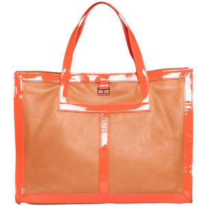 Tommy Hilfiger Women's Meagan 2 E/W Tote  Bag - Tan