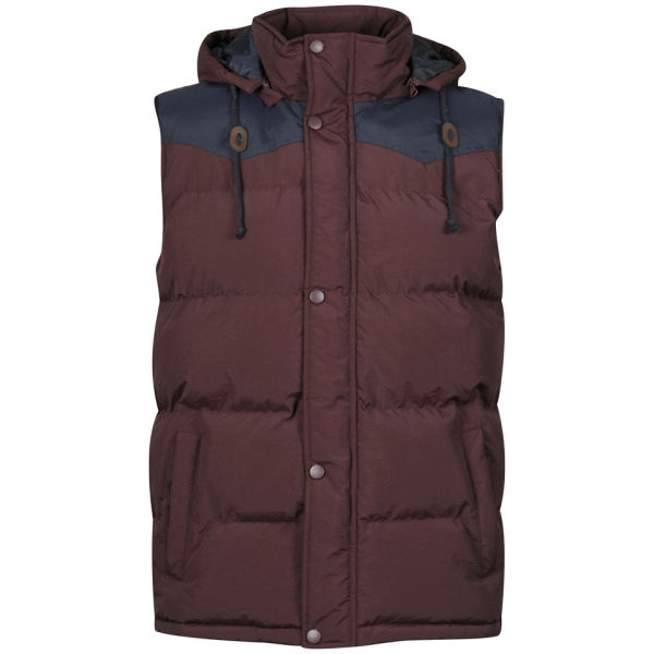 Polartec® Thermal Pro® weight fleece gilet in Burgundy, an ideal mid layer, or for extra warmth can be zipped into the Men's Ptarmigan Interactive Shooting Coat. The Schoffel Oakham fleece can be zipped into the Ptarmigan Interactive Coat to provide an extra insulative layer.