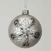 Gisela Graham Bauble with Shiny Snowflakes