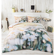 Catherine Lansfield Lazy Daisy Bedding Set - Multi