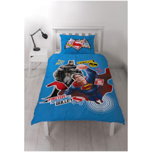 Batman vs. Superman Clash Panel Duvet Set