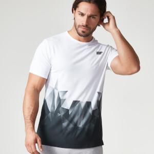 Camiseta con Estampado Geométrico para Hombres de Myprotein – Negro