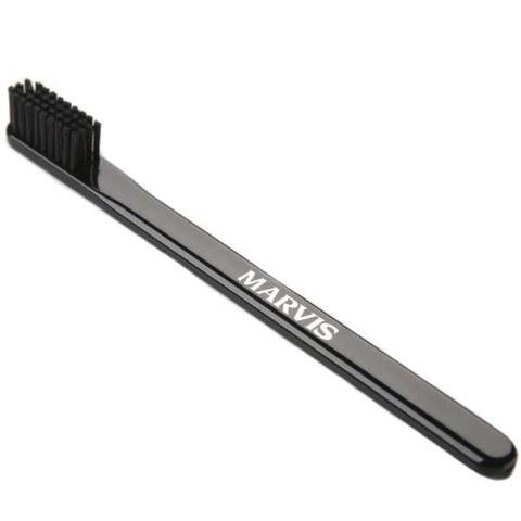 Cepillo de dientes negro Marvis