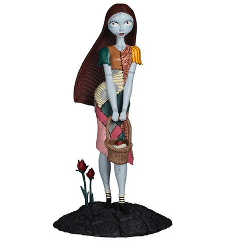 Diamond Comics Disney Nightmare Before Christmas Sally Femme Fatales Statue