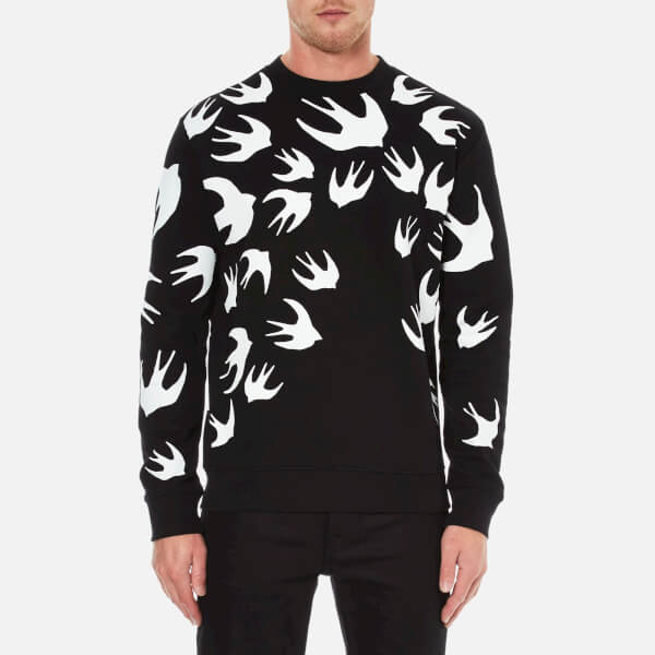 mcq alexander mcqueen men 39 s swallow print clean crew neck sweatshirt darkest black free uk. Black Bedroom Furniture Sets. Home Design Ideas