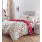 Catherine Lansfield Canterbury Bedding Set - Red