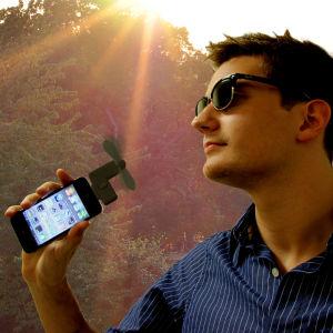 iPhone Fan Attachment