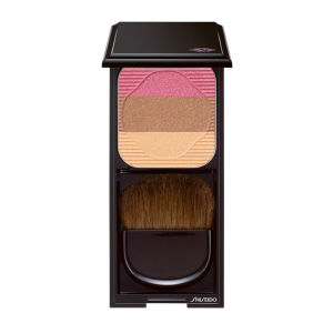Trío colorete e iluminador Shiseido Face Colour Enhancing Trio RS1 (7g) Plum