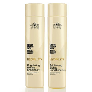 Duo de productos iluminadores cabello rubio label.m Brightening Blonde