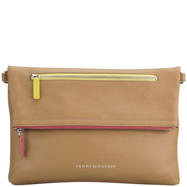 Tommy Hilfiger Women's Fabienne Medium Leather Cross Body Bag - Tan