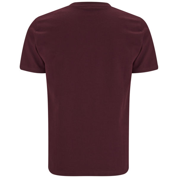 carhartt men 39 s college script t shirt bordeaux white free uk delivery over 50. Black Bedroom Furniture Sets. Home Design Ideas