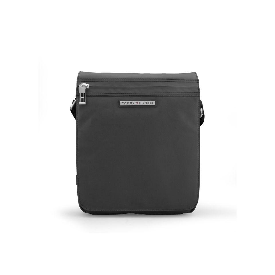 2b42421e7dc8 Tommy Hilfiger Men s Sheldon Canvas Reporter Bag with Flap - Black ...