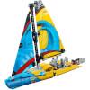LEGO Technic: Racing Yacht (42074): Image 2