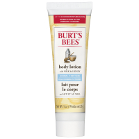 Burt's Bees Naturally Nourishing Milk & Honey Body Lotion (236 ml)
