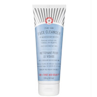 First Aid Beauty Jumbo Face Cleanser - 226g