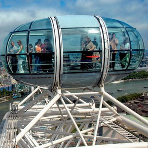 Thames Lunch Cruise and The London Eye for Two