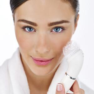 Braun 810 Facial Epilator and Cleansing Brush: Image 5