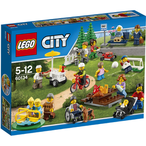 LEGO City: La parc de loisirs - Ensemble de figurines City (60134)