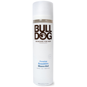 Gel de Barbear em Espuma Sensitive da Bulldog 200 ml