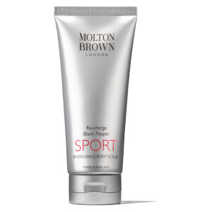 Exfoliante corporal energizante SPORT Re-Charge con pimienta negra de Molton Brown (200 ml)