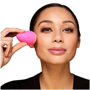 beautyblender Classic Makeup Sponge Pink: Image 4