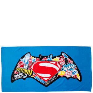 Batman v Superman Clash Bath Towel - 70 x 140cm