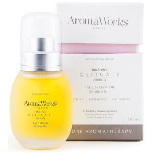 Sérum facial en aceite Delicate de AromaWorks 30 ml