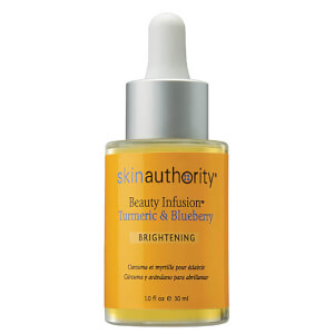 Skin Authority Beauty Infusion™ trattamento illuminante con curcuma e mirtilli