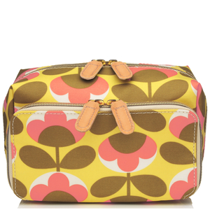 Orla Kiely Oval Flower Wash Bag