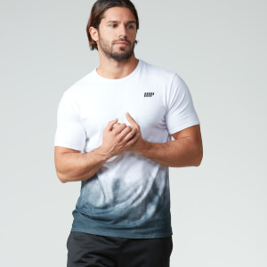 Myprotein 男子渐变色运动健身T恤 – 黑色