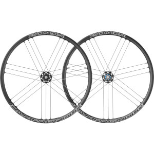 CAMPAGNOLO ZONDA C17 DISC BRAKE BOLT-THRU 클린처 휠셋 2018 - 블랙