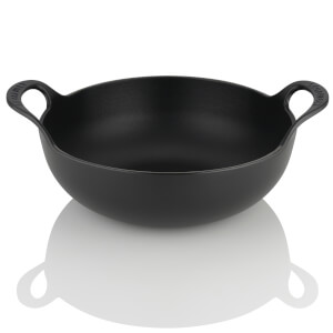 Le Creuset Cast Iron Balti Dish - 24cm - Satin Black