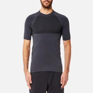 FALKE Ergonomic Sport System Men's Short Sleeve Performance T-Shirt - Platinum