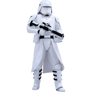Hot Toys Star Wars 1:6 First Order Snowtrooper Figure