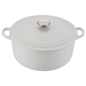 Le Creuset Signature Cast Iron Round Casserole Dish - 20cm - Cotton