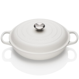Le Creuset Signature Cast Iron Shallow Casserole Dish - 26cm - Cotton