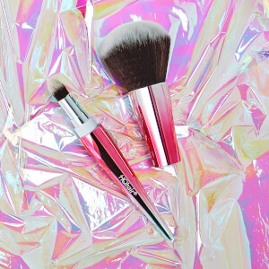 HQhair 2-in-1 Makeup Brush, featuring a powder brush and a hidden blender brush inside (Free Gift)