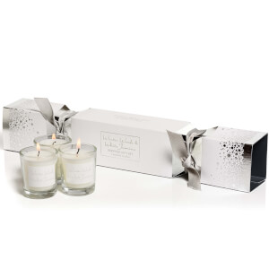 Stoneglow Winter Woods and White Jasmine Cracker Candle Gift Set