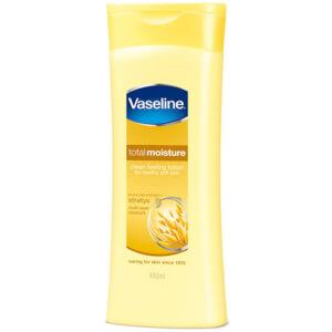 Vaseline Essential Moisture Lotion
